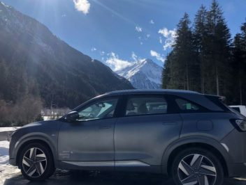 On a skiing holiday with the hydrogen car